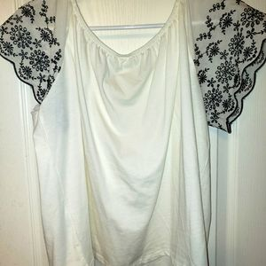 H&M Off-the-shoulder Embroidered Blouse